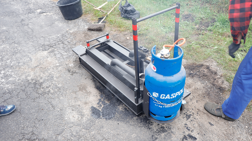 Portable Infrared Asphalt Heater